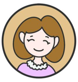 Bettina, Frau mit Bobfrisur, rosanes Oberteil, lächelt freundlich
